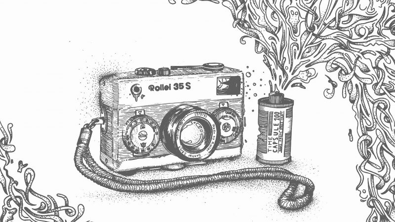 Rollei 35 Kamera mit Film in schwarz weiß illustriert